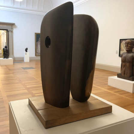 Barbara Hepworth's 'Forms In Echelon' (1938)