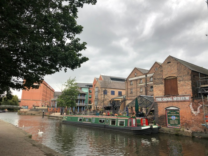Walking Along The Nottingham And Beeston Canal, Nottingham