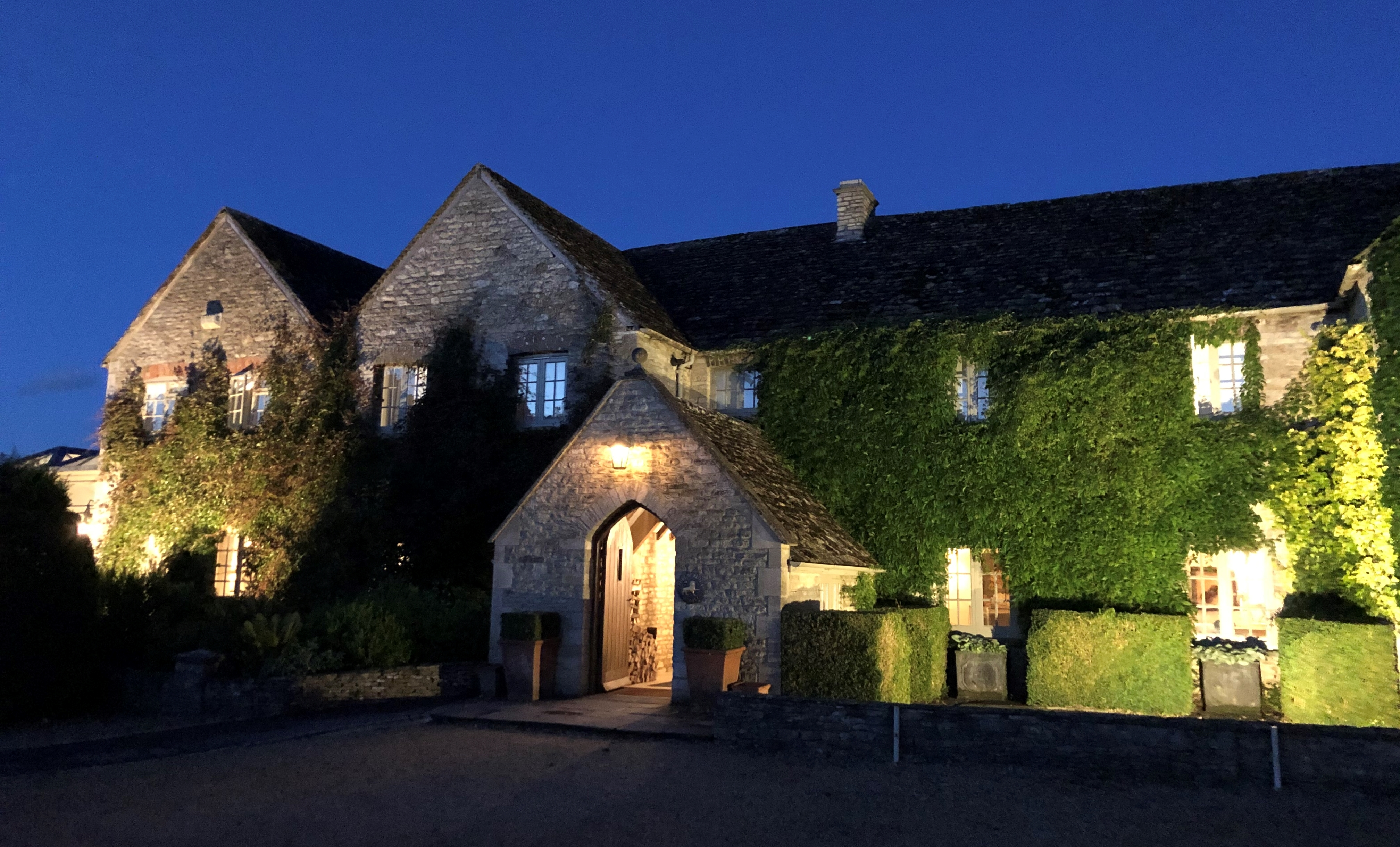 Calcot Hotel And Spa At Night